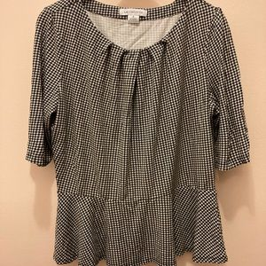 Liz Claiborne Woman's Med Top Black and White